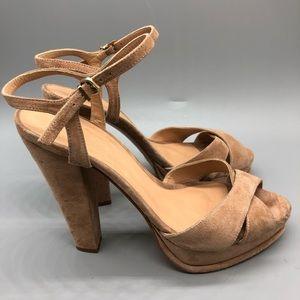 Anthropologie Hoss Intropia suede platform heels